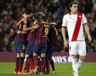 Барселона в сухую выносит Райо Вальекано