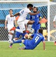 Англия уступает Италии