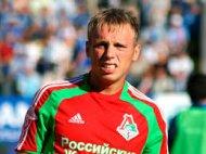 Денис Глушаков первую игру под руководством